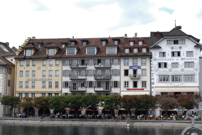 luzern-buildings_10368434975_o