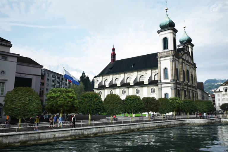 luzern-church-gt5_10368415846_o.jpg